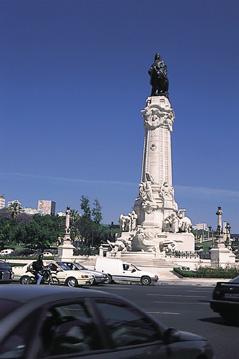 *大阪発* 【素敵な街角 2都物語】 リスボン&パリ8日間 ◆立地抜群3つ星ホテル ◆エールフランス航空指定
