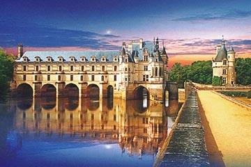ロワール地方の素敵なシャトーホテルに泊まる!◆ トゥール&パリ6日間 ◆ 古城巡り観光付き!◆ 大韓航空指定 羽田・成田発選択可能!